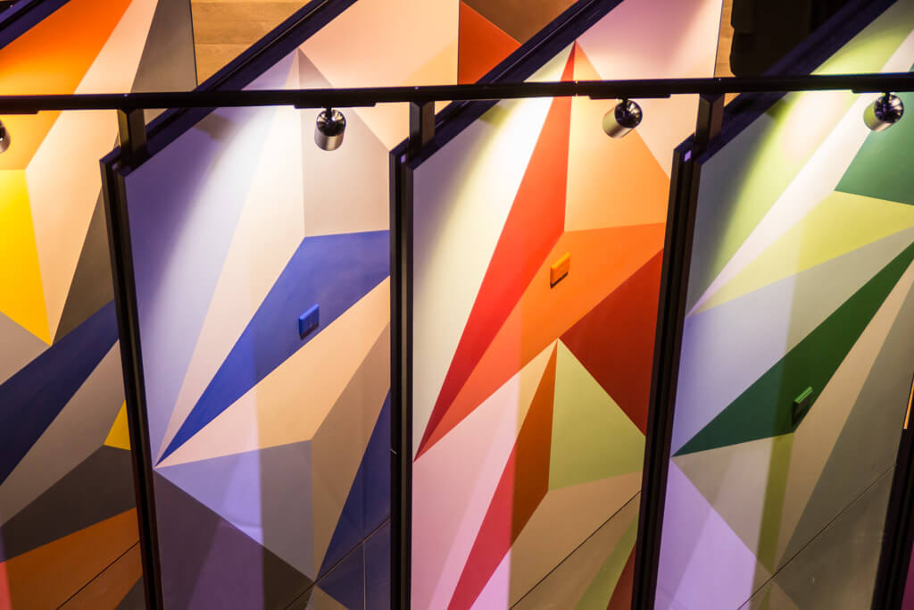 This Is Supported By The Geometric Shape Of Triangles Each Colour Chart Twice But It Tilted 180 On Back So Variety